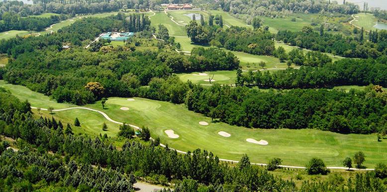 Golfing in Kashmir