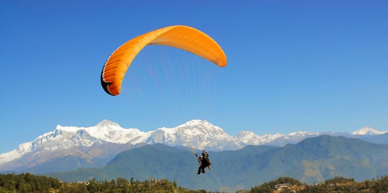 Paragliding in Kashmir