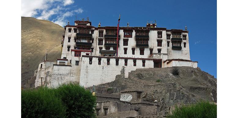 stok-palace