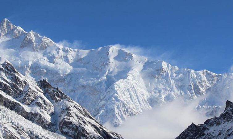 Mount Kanchenjunga Trek