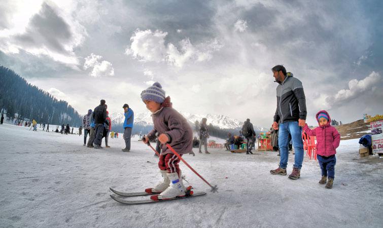Snowboarding in India