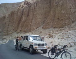 Manali - Leh Mountain Biking Tour