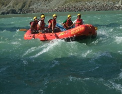 Rafting in Alaknanda River